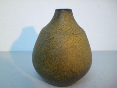 Kleine Vase mit braun-grüner Glasur - Bückeburg