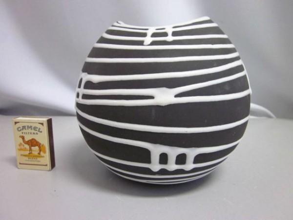 Kugelförmige Vase Schloßberg Roulette - Liesel Spornhauer