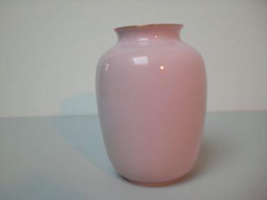 Kleine Art Deco-Vase in rosé - Metzler & Ortloff