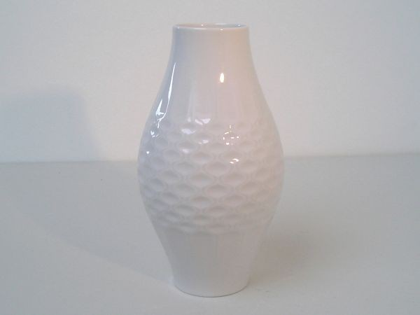 Vase mit Rautenreliefmuster - Alka Kunst