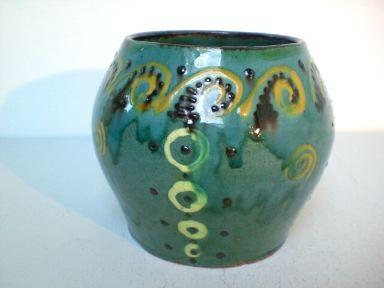 Jugendstil-Vase mit Malhorndekor