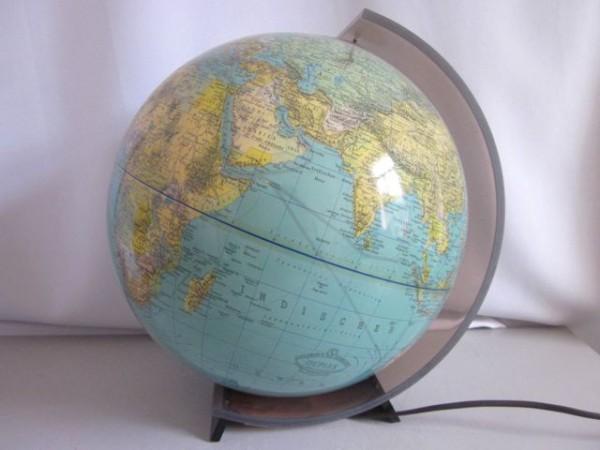 Riesiger Columbus Globus Leuchtglobus 70s Plexi