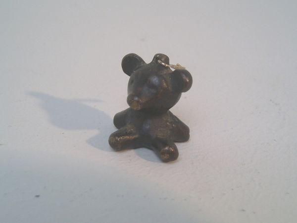 Miniatur-Bär als Anhänger - Walter Bosse